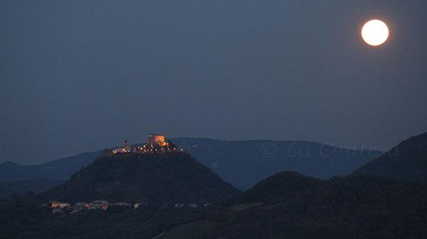 Vista serale sul castello