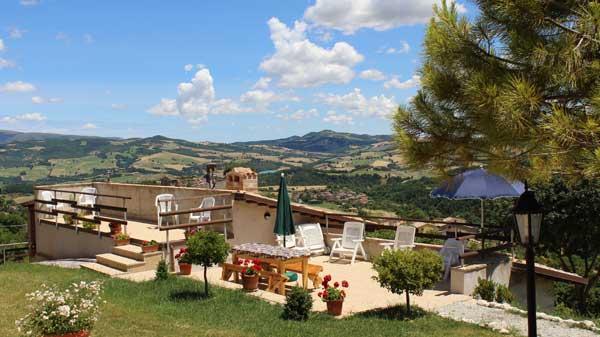 Panorama dai terrazzi di casa vacanza La Contesa.